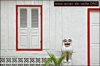 Laos Screensaver EV 2.0